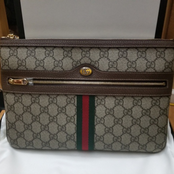 bbf7f5dd07973a New With Tags Gucci Ophidia Supreme Pouch Clutch